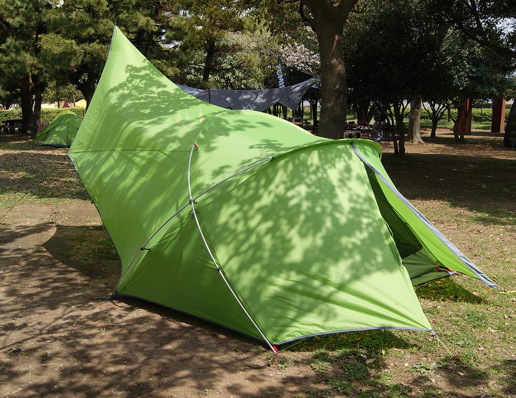 デイキャンプに使いたい<ニーモ(NEMO )フロントポーチ2Pテント<FRONT PORCH 2P TENT>2