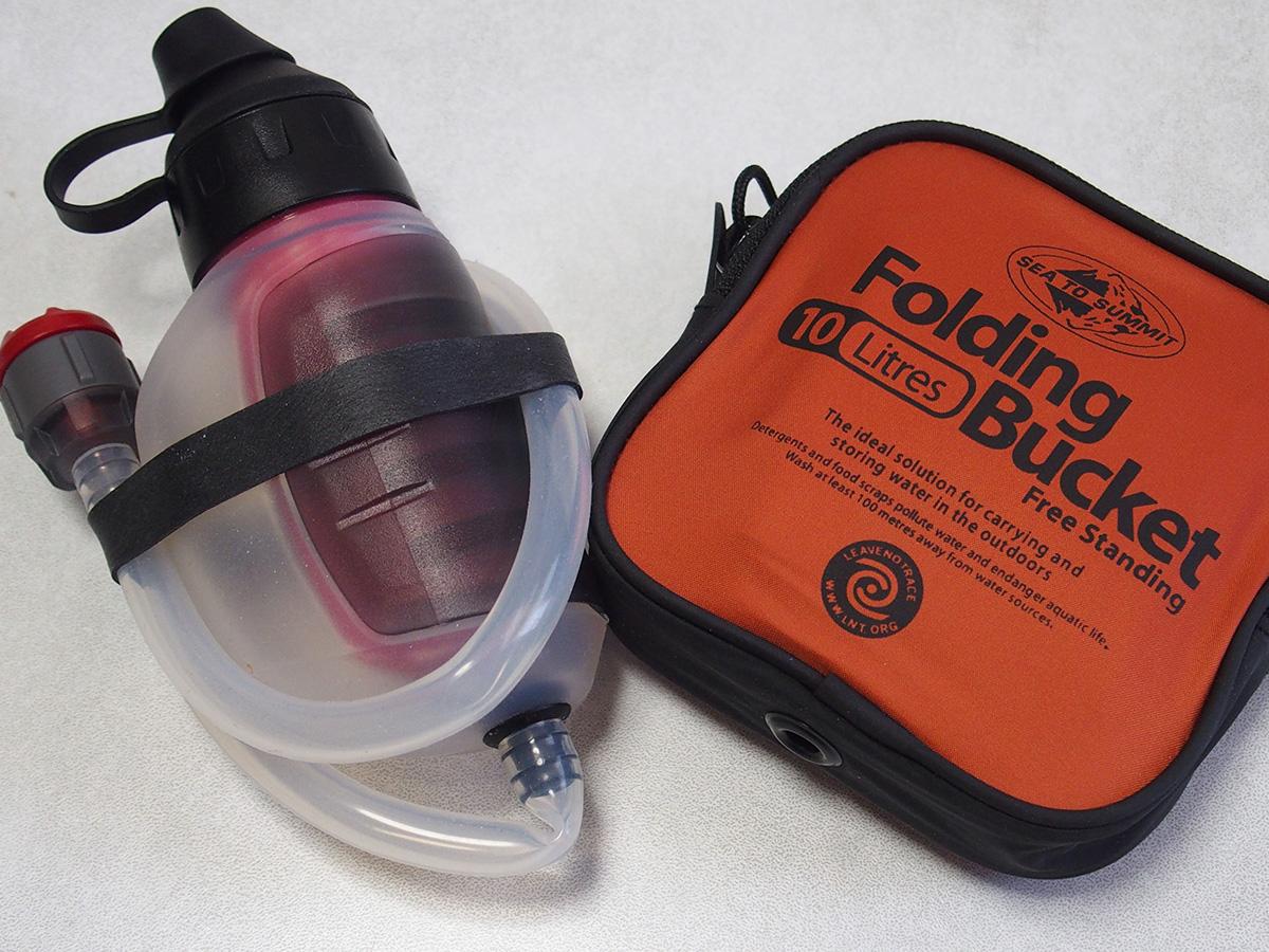 ミニマムなキャンプに便利な携帯バケツと携帯浄水器<フォルディングバケット>2