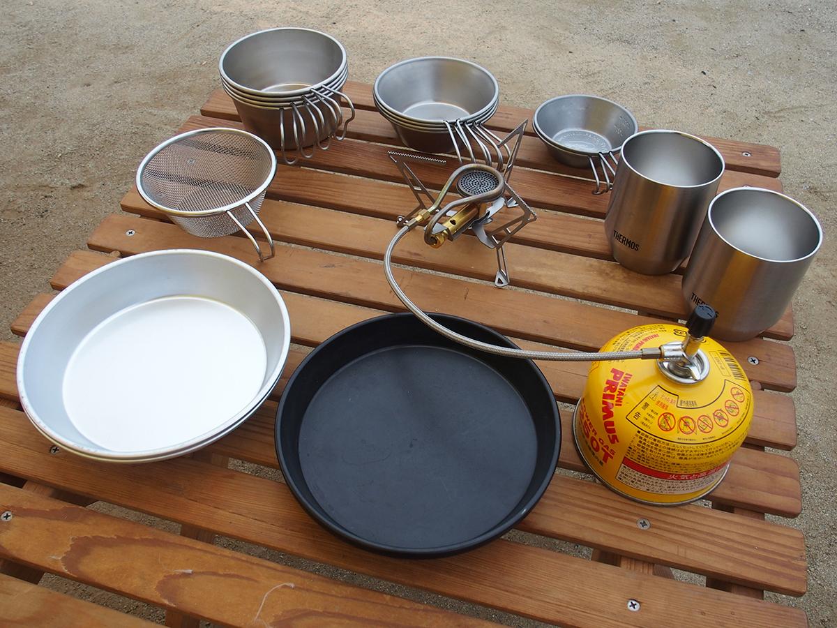 ミニマムキャンプの小物たち「キッチンツール」「食器」「ランタン」1