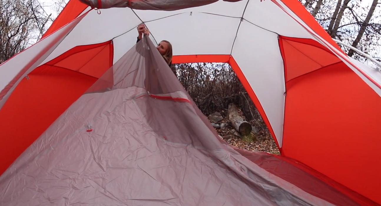 女子キャンプ、母子キャンプにおススメ!ポップなテント<ビッグアグネス(Big Agnes)バードビーク(Bird Beak)>