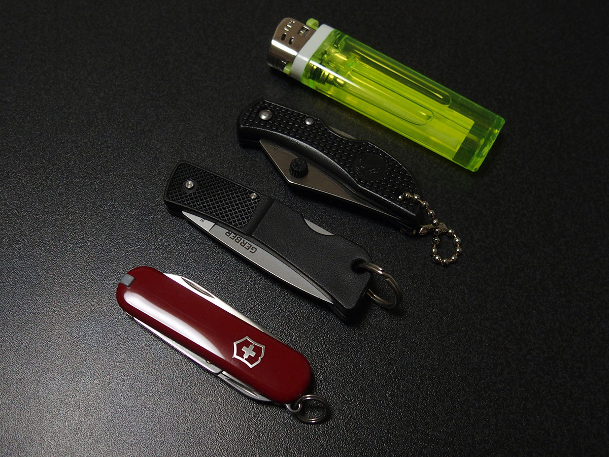 ミニマムなナイフ「FOLDING LOCK BACK KNIFE」3